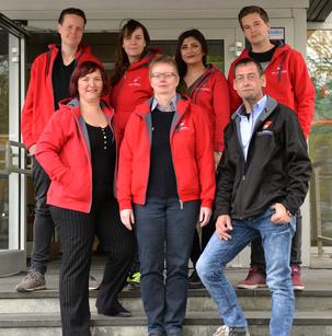 Gruppenbild der Ansprechpartner_innen der DGB-Jugend Berlin-Brandenburg