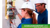 """Elektromechanikerin überprüft und ihr Meister schaut zu, Aufschrift """"Ausbildungsreport 2012 der DGB-Jugend Berlin-Brandenburg"""" sowie Logo der DGB-Jugend"""